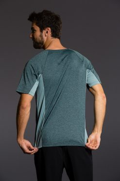 Onzie mens yoga t-shirt - Moonstone Blue