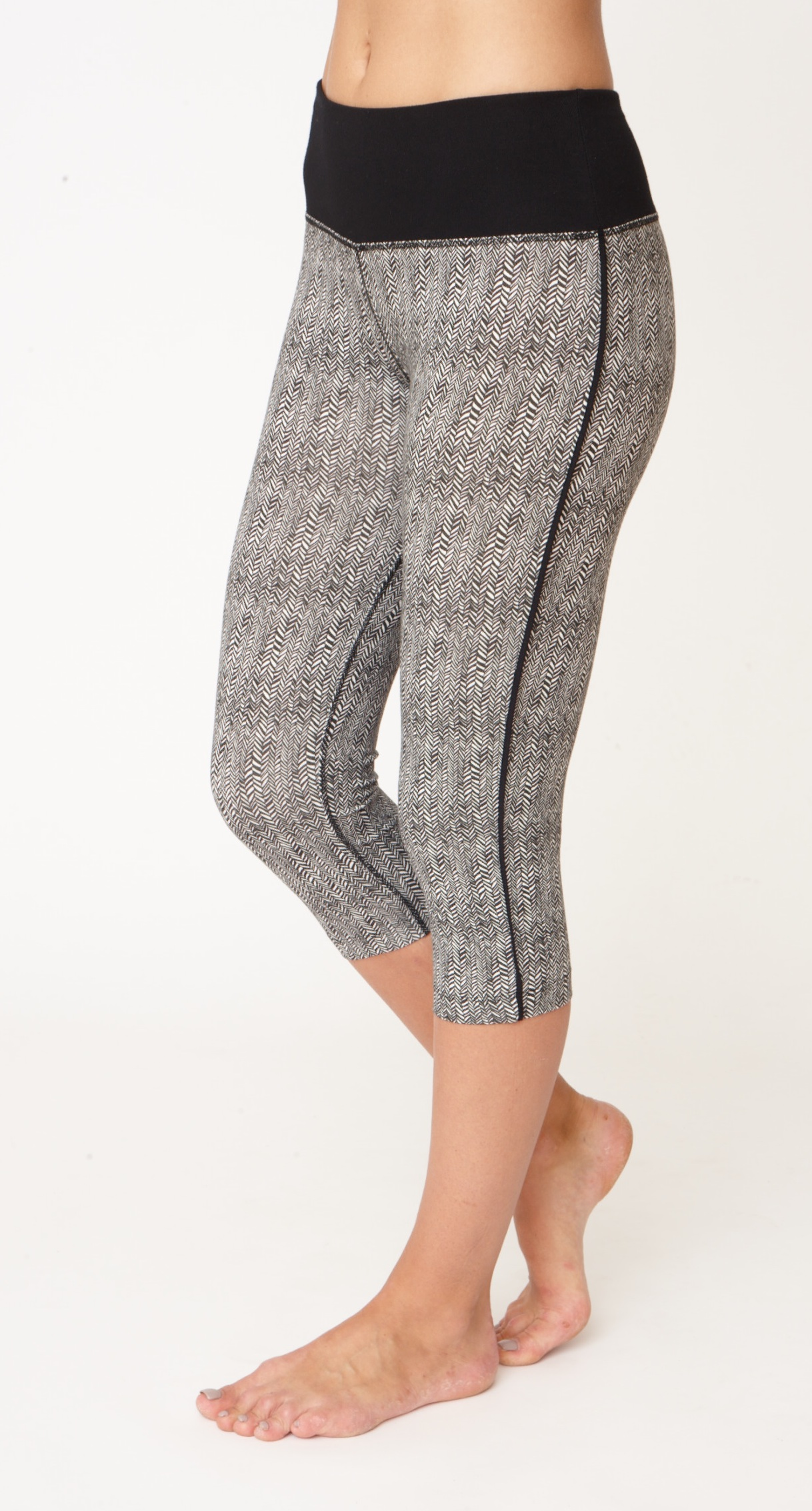 Asquith Karma Capri Yoga Leggings Herringbone with Jet Black Stripe