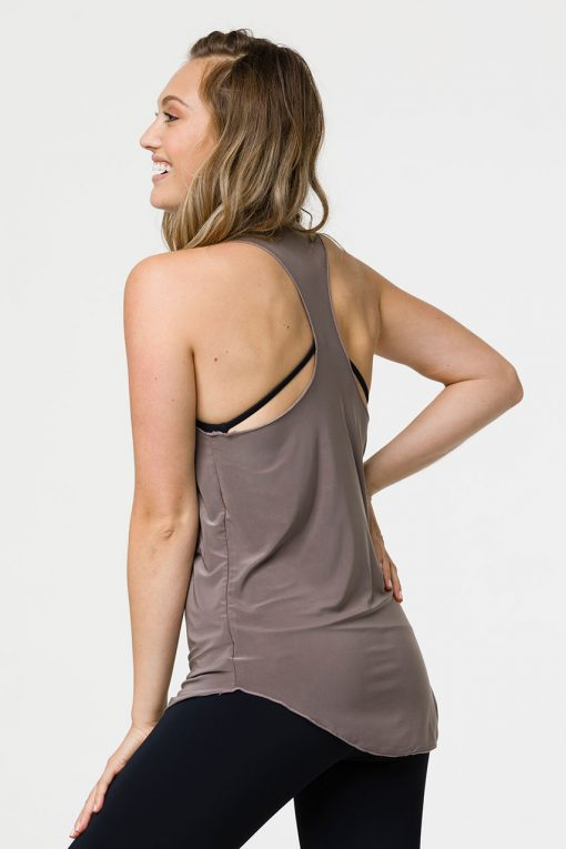onzie glossy flow yoga top champagne