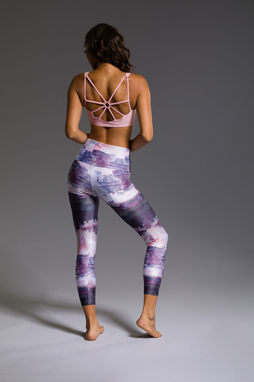 Onzie high rise yoga leggings capri capris midi graphic midnight abstract patterned yoga pants