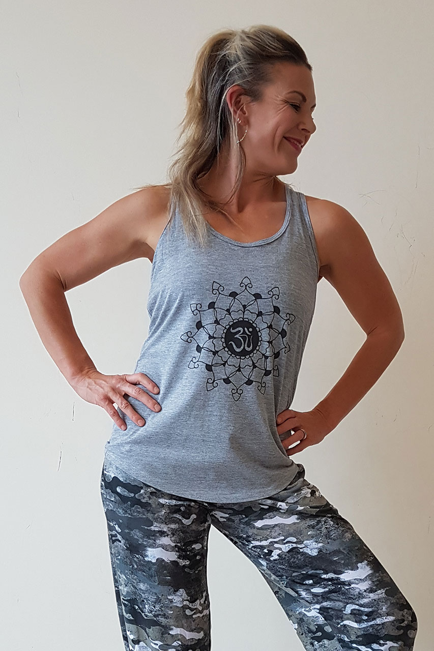 Oceanflow Yogawear Yoga Vest Top light grey mandala