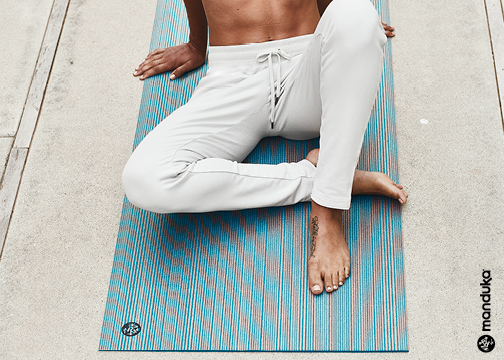 Manduka prolite yoga mat opalescent curiosity blue glitter uk