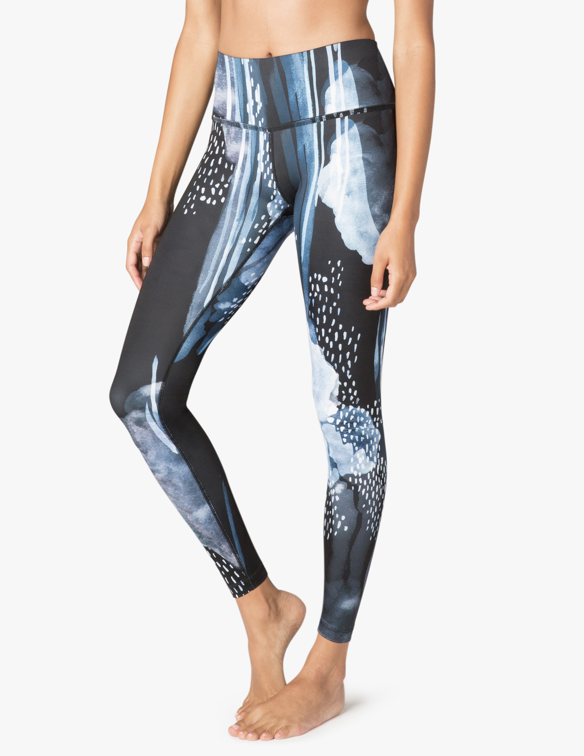 Beyond yoga high quality patterned leggings rainy clouds