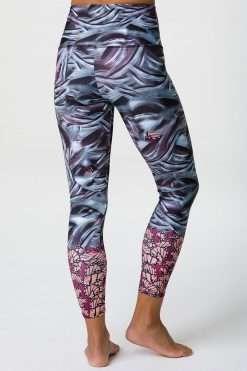 Onzie patterned yoga leggings full length mother nature