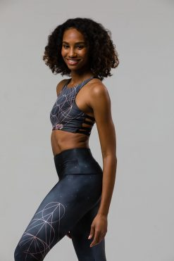 onzie high rise graphic yoga bra wonderland