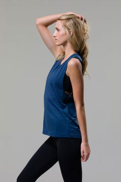 onzie twist back top yoga pebble