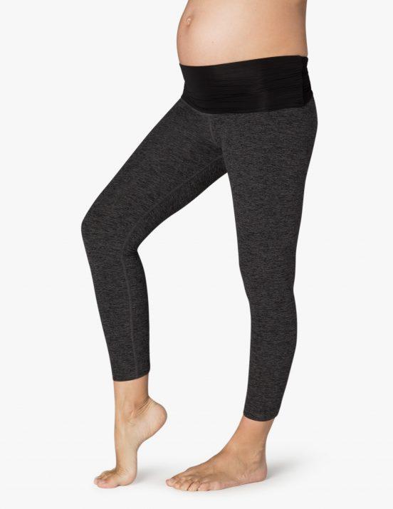 beyond yoga fold down maternity capri leggings