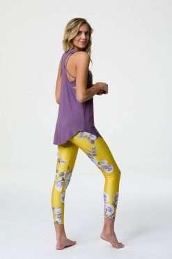 onzie glossy flow yoga tank top purple haze