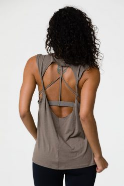 onzie twist back yoga top