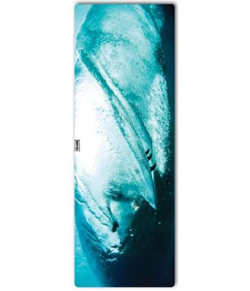 leus hot yoga towel looking glass