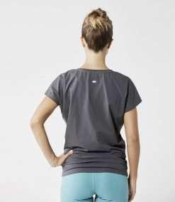 otuscrafts yoga shirt graphite grey