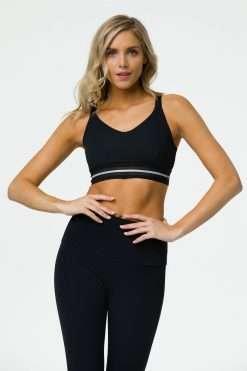 onzie glow yoga bra black