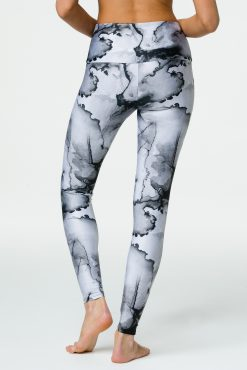 onzie_long_yoga_leggings_ink