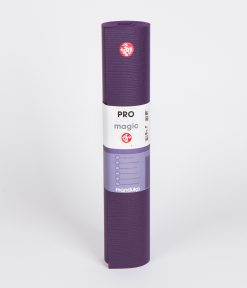 manduka_pro_yoga_mat_black_magic