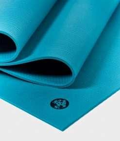 manduka_pro_yoga_mat_bondi_blue