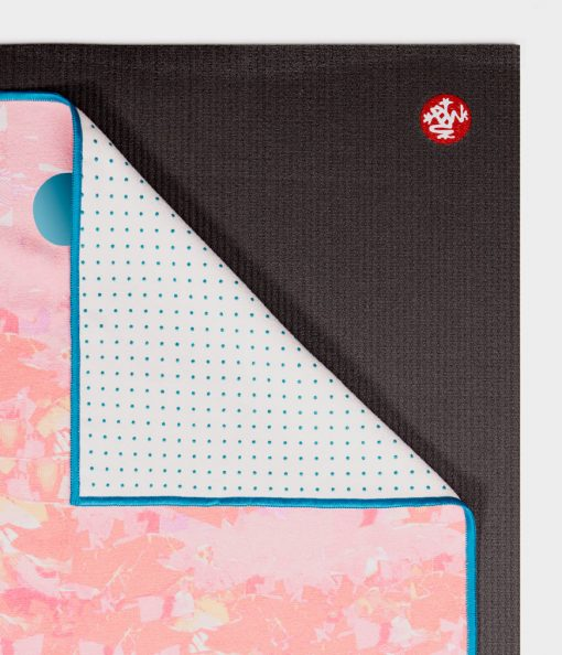 yogitoes_yoga_mat_towel_paper_landscape