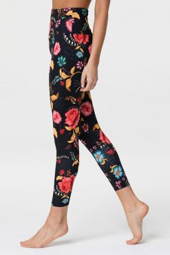 onzie_high_waisted_midi_yoga_leggings_frieda
