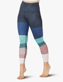 beyond_yoga_high_waisted_midi_leggings_scenic_ombre
