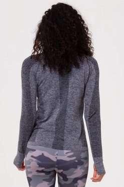 Onzie yoga Seamless Long Sleeve Top Black