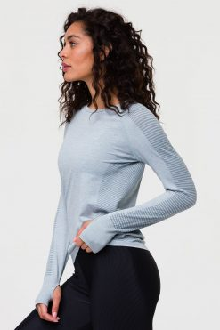 Onzie yoga Seamless Long Sleeve Top Moonstone