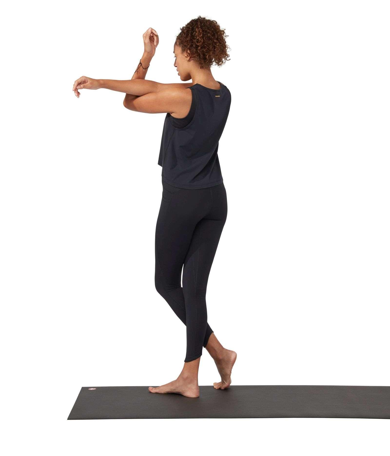 Manduka Presence yoga leggings with pocket black
